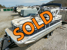 One Owner 2018 Bennington 22SL Pontoon Boat with 115HP Yamaha 4 Stroke Outboard Motor and Trailer For Sale near Knoxville Tennessee