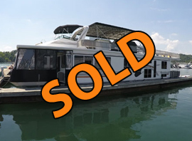 2001 Fantasy 16 x 69WB 4 Bedroom 2 Bath Aluminum Houseboat For Sale on Lake Cumberland at Beaver Creek Resort in Kentucky