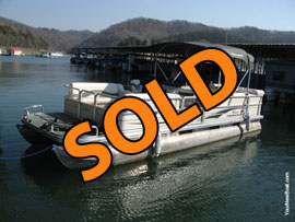 2005 Sun Tracker Marine Party Barge 24 Signature Series Fish and Cruise Pontoon Boat For Sale on Norris Lake Tennessee