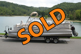 2007 Manitou Legacy Tritoon with 250HP Evinrude Etec and Trailer For Sale on Norris Lake TN