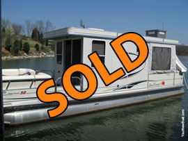 2008 Suntracker Party Cruiser 32 Pontoon Houseboat For Sale with a Trailer on the Tellico Lake section of the Tennessee River