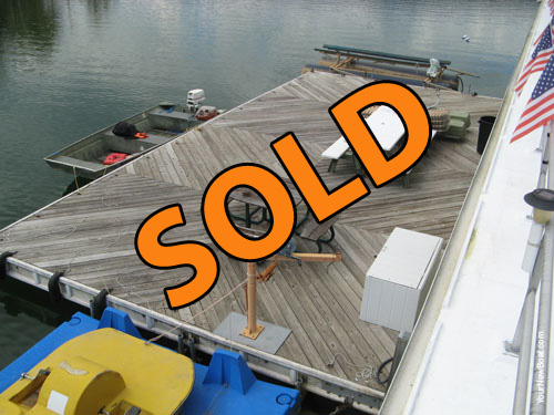 20 x 40 Dock with Shore Power For Sale on Norris Lake at Powell Valley Marina