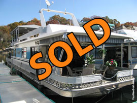 1989 Sumerset 14 x 64 with Catwalks Houseboat For Sale on Norris Lake
