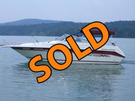 1993 SeaRay 270 Weekender Cabin Cruiser for sale on Norris Lake