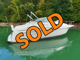 1997 Carver Two Sixty Special Edition Cabin Cruiser with Trailer For Sale on Norris Lake Tennessee at Indian River Marina