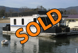 1999 Horizon 10 x 42 Wide Body Aluminum Pontoon Houseboat For Sale on Norris Lake Tennessee