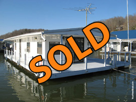 12 x 36 Floating Cottage Approx 432sqft For Sale on Norris Lake