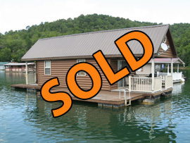 12 x 40 Floating Cottage 493sqft For Sale on Norris Lake TN