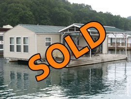15 x 42 Floating House Approx 500sqft For Sale on Norris Lake TN