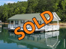 20 x 31 Floating House Approx 620sqft with 2 Bedrooms 1 Bath For Sale on Norris Lake Tennessee