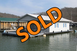 20 x 33 Floating House For Sale Approx 660sqft - 2 Bed - 2 Bath - on Norris Lake TN at Powell Valley Marina