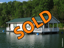 20 x 37 Floating House Approx 740sqft with 2 Bedrooms 1 Bath For Sale on Norris Lake Tennessee