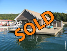 20 x 37 Floating House with Approx 740sqft and 2 Bedrooms For Sale on Norris Lake Tennessee at Waterside Marina
