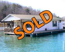 20 x 40 Floating Cottage For Sale on Norris Lake