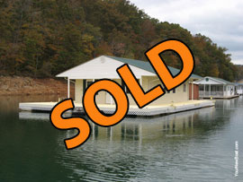 24 x 36 Floating Cottage For Sale on Norris Lake at Whitman Hollow Marina
