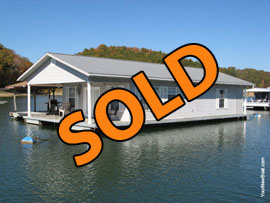 24 x 40 Floating Home 960sqft 2 Bedrooms 1 Bath Floating House For Sale on Norris Lake