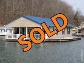 26 x 45 Floating House Rental Property For Sale on Norris Lake with 3 Bedrooms 2 Baths For Sale on Norris Lake Tennessee