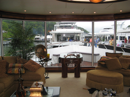On Water Houseboat Expo Highlights